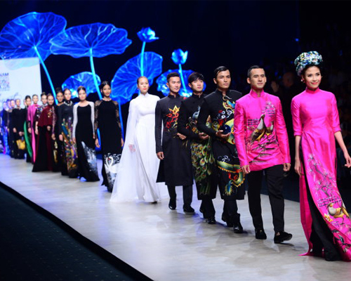 Vietnam International Fashion Week 2016